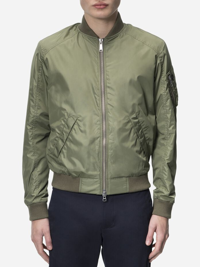 Men's Spectrum Jacket Leaflet green | Peak Performance